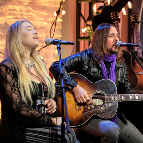 From American Songwriter: Eryn and Matt O'Ree Perform at NAMM Show 2020